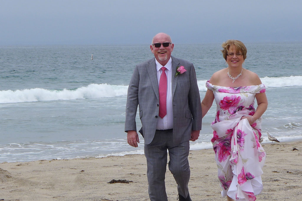Officiant Guy A Wedding In Los Angeles Is An Elopements Specialist Who Helps